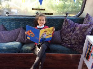 reading-bus